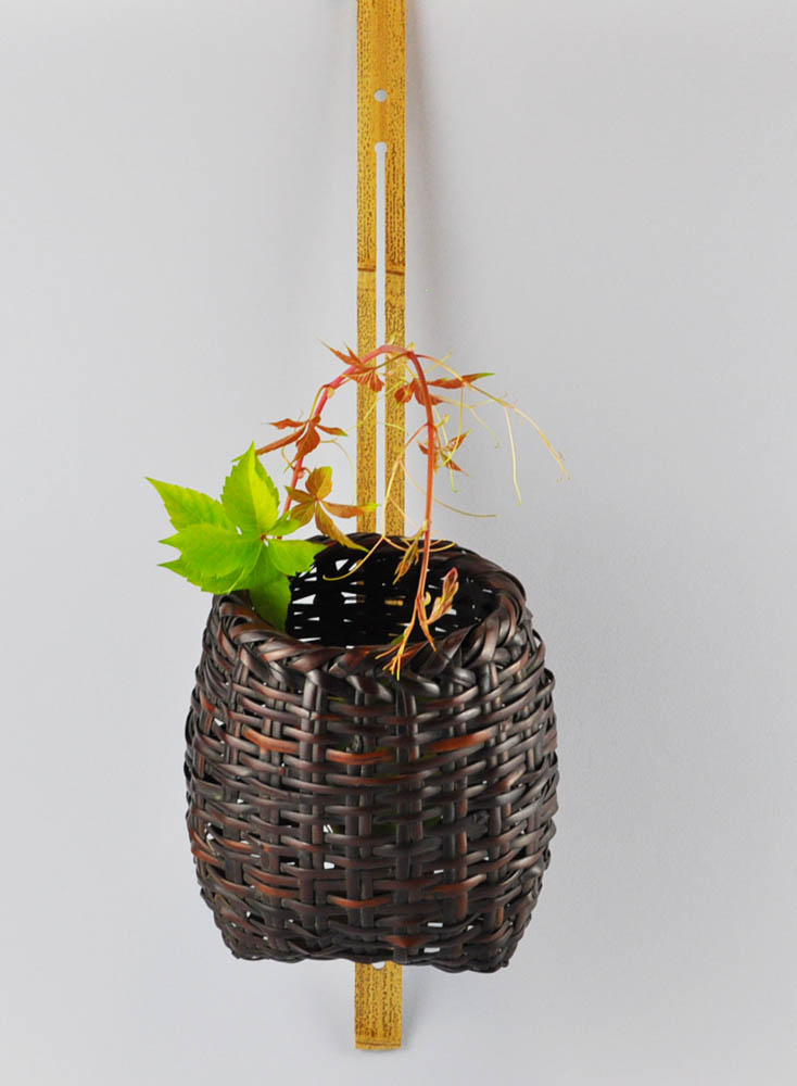 Ikebana wall basket